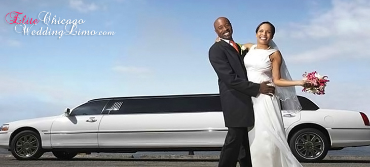 stretch-lincoln-wedding-limo-chicago-just-married-couple