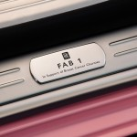 fab1-pink-rolls-royce-ghost-extended-wheelbase_chicago_wedding_limo4